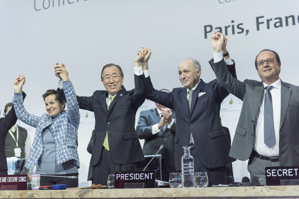 Historical agreement against climate change in Paris